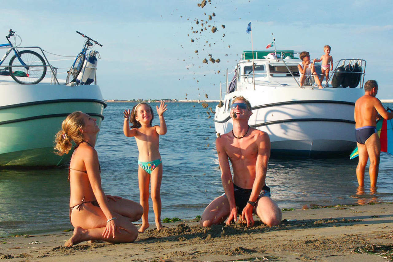 travel ideas in Houseboat Family Holidays