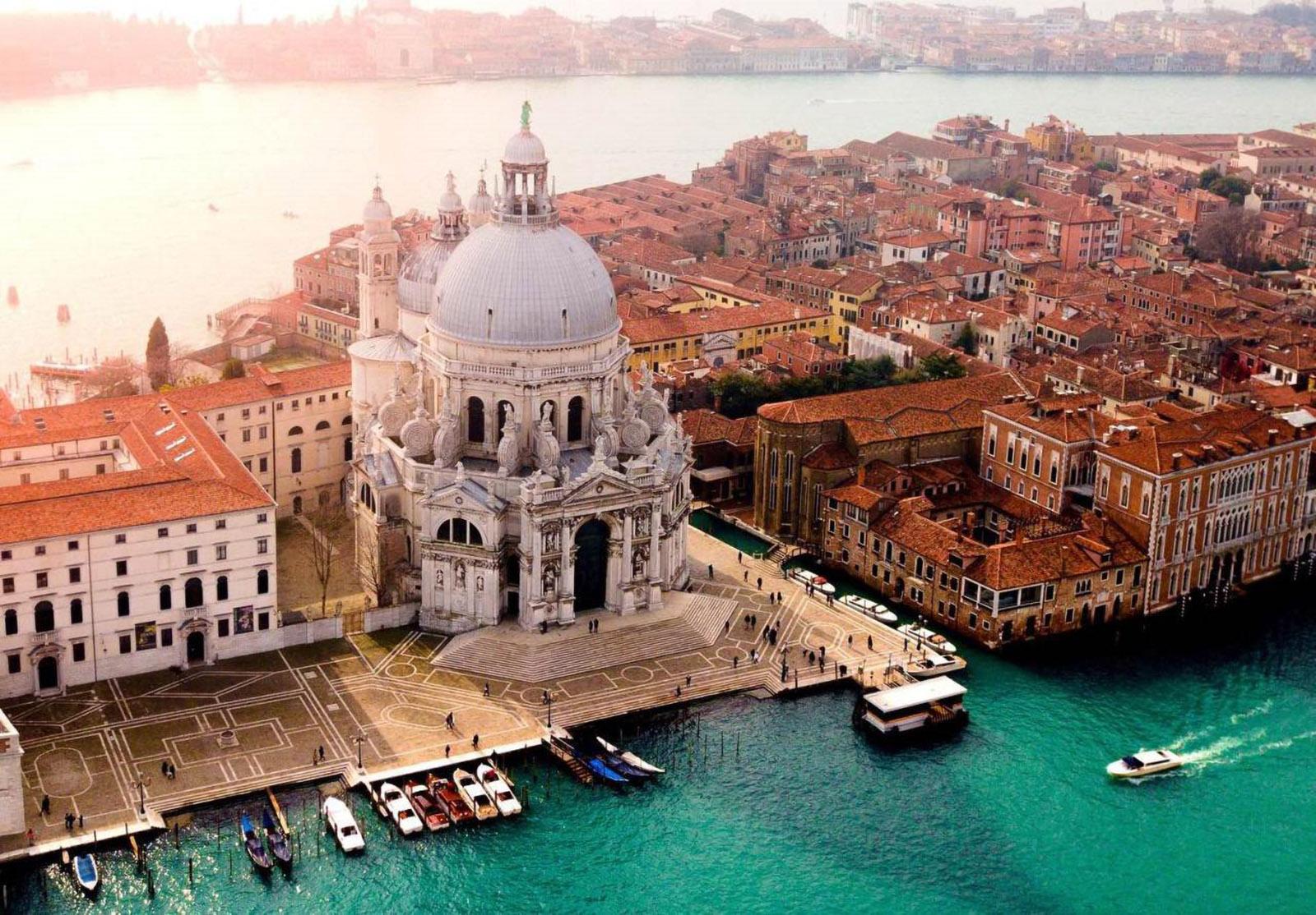 Basilica madonna salute Venezia vista aerea