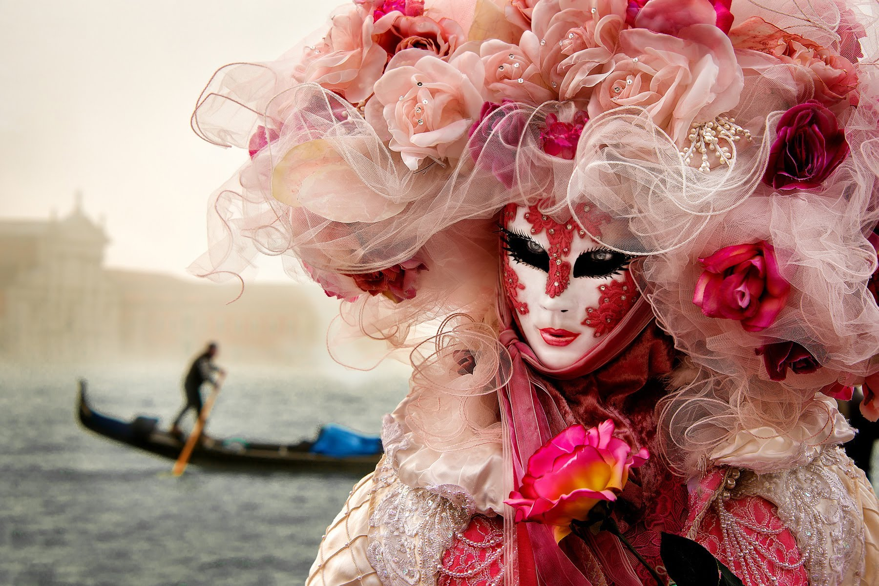 Carnevale di Venezia 2020 rendez vous fantasia houseboat